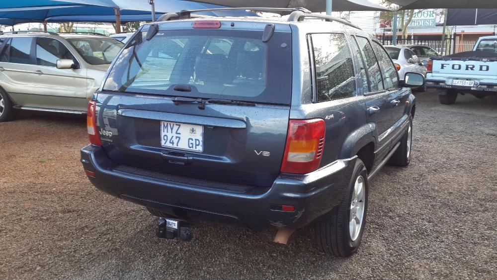 Jeep Grand Cherokee 4.7 2001 photo - 8