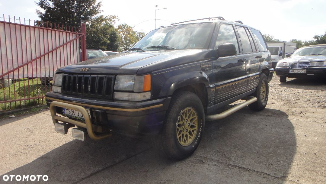 Jeep Grand Cherokee 5.2 1991 photo - 3
