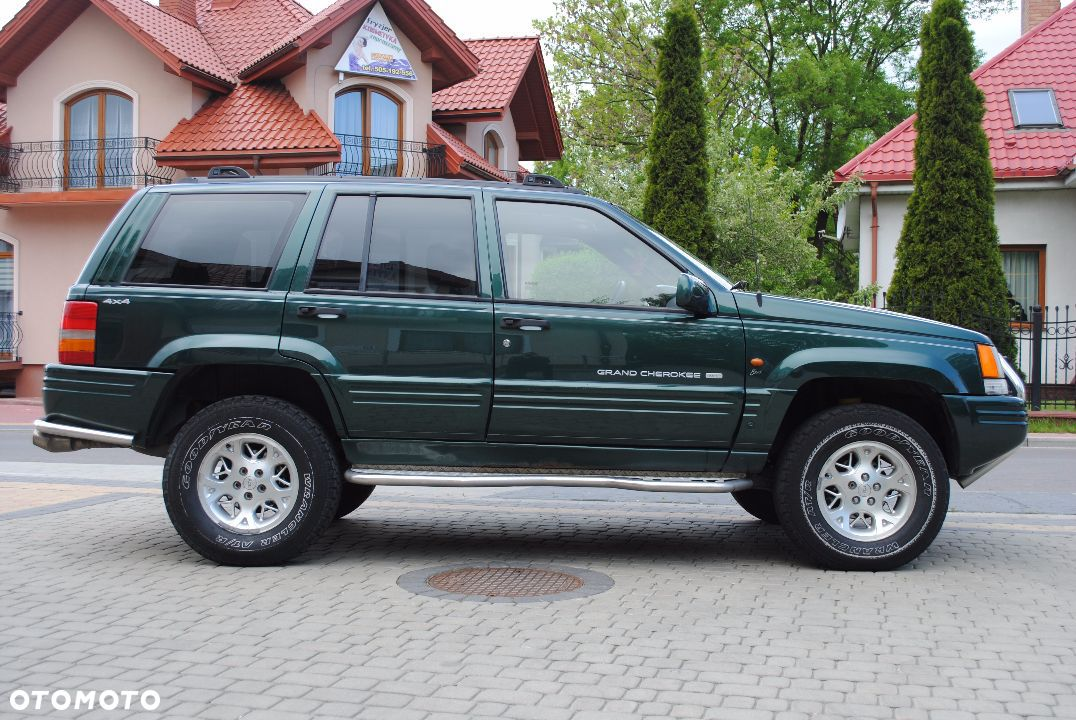 Jeep Grand Cherokee 5.2 1991 photo - 9