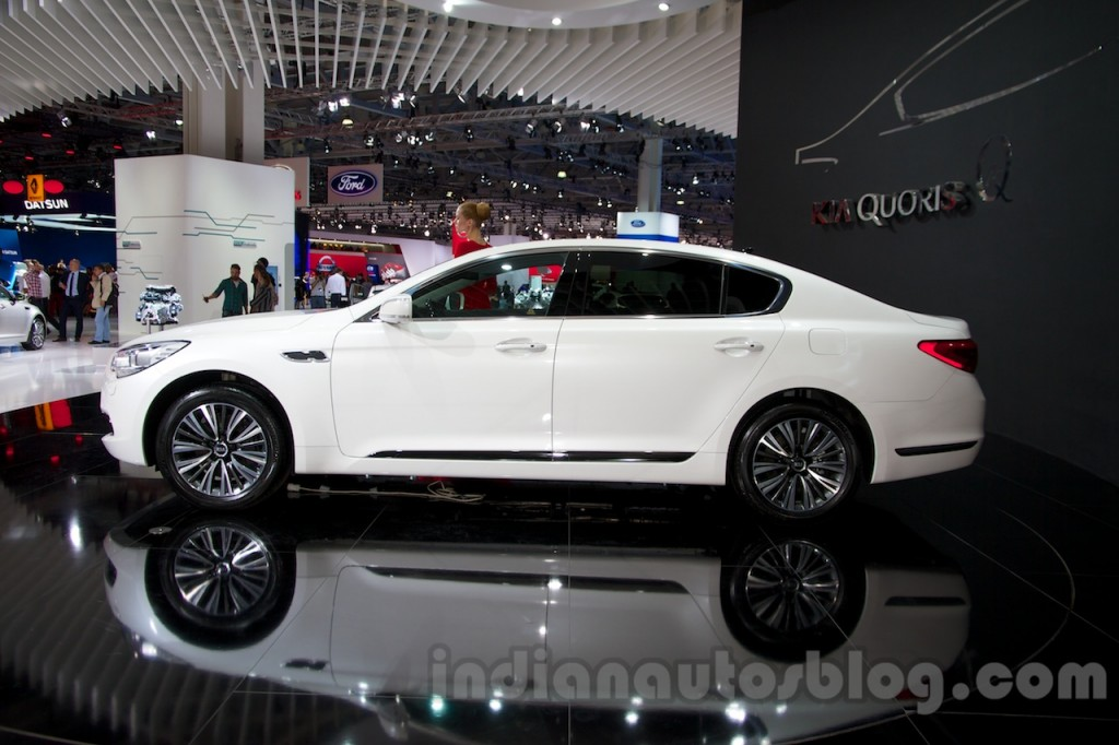 Kia Quoris 3.8 2014 photo - 8