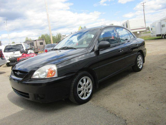 Kia Rio 1.3 2005 photo - 8