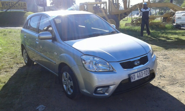 Kia Rio 1.4 2010 photo - 3
