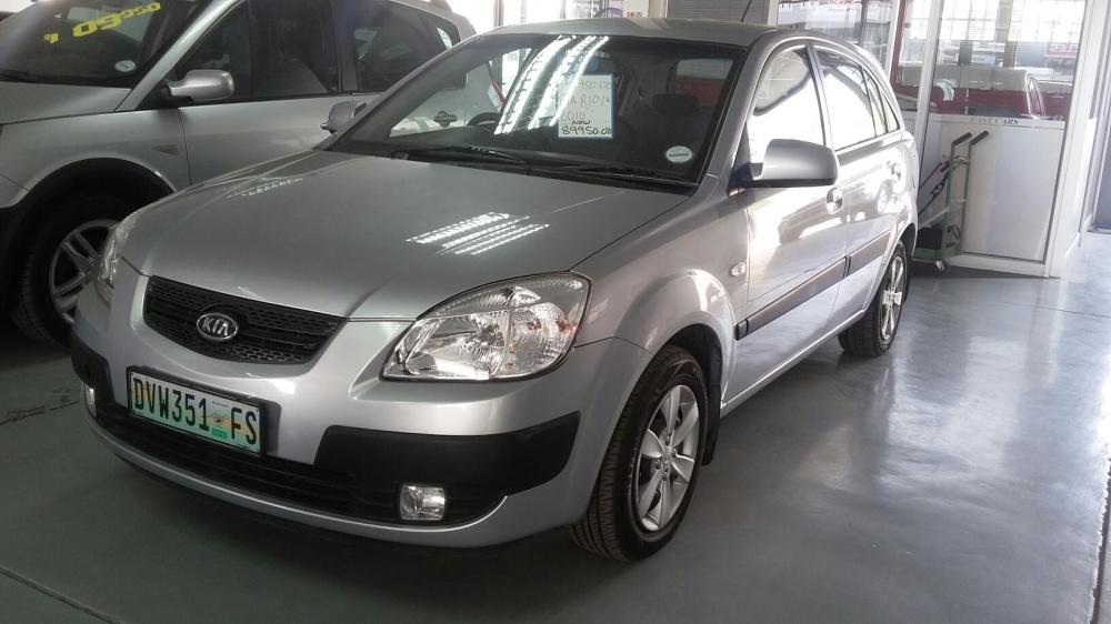 Kia Rio 1.4 2010 photo - 4