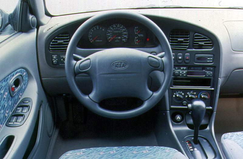 Kia Rio 1.5 1998 photo - 7