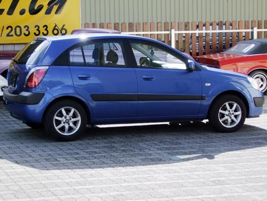 Kia Rio 1.5 2006 photo - 10