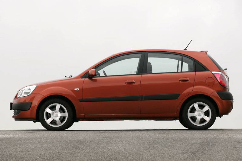 Kia Rio 1.5 2007 photo - 12