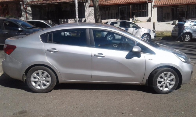 Kia Rio 1.5 2013 photo - 8