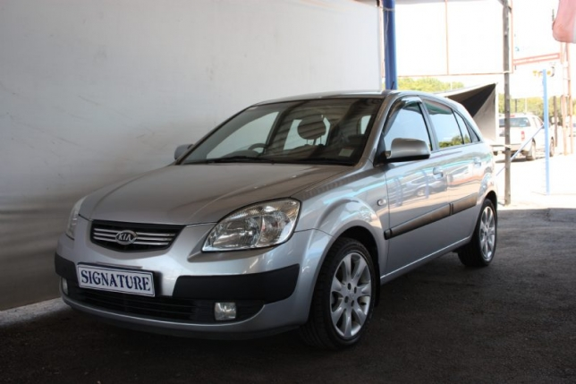 Kia Rio 1.6 2010 photo - 1