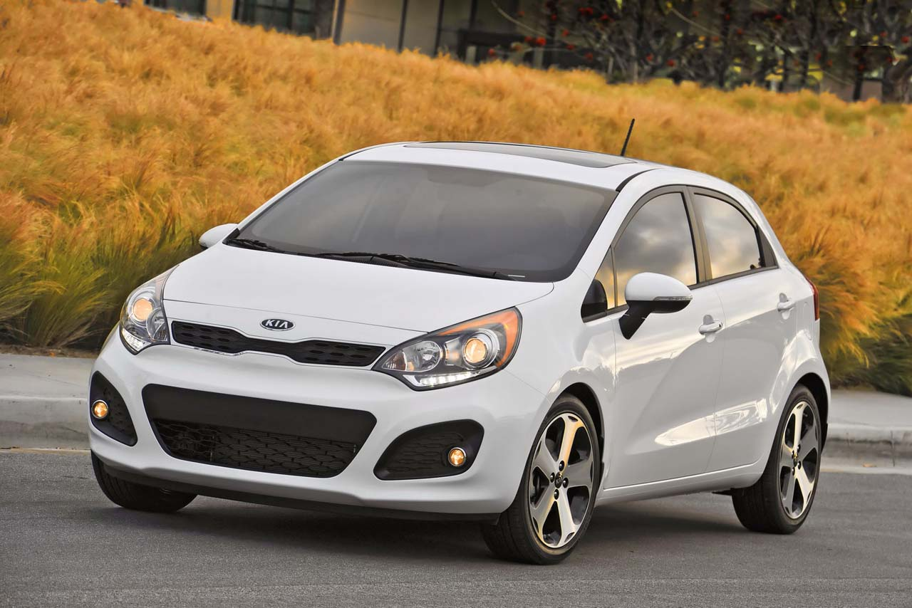 Kia Rio 1.6 2012 photo - 11