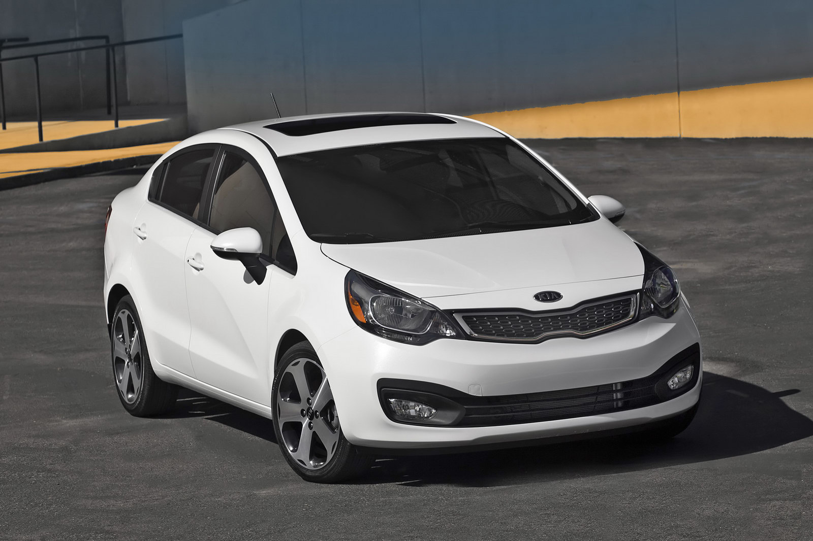 Kia Rio 1.6 2012 photo - 12