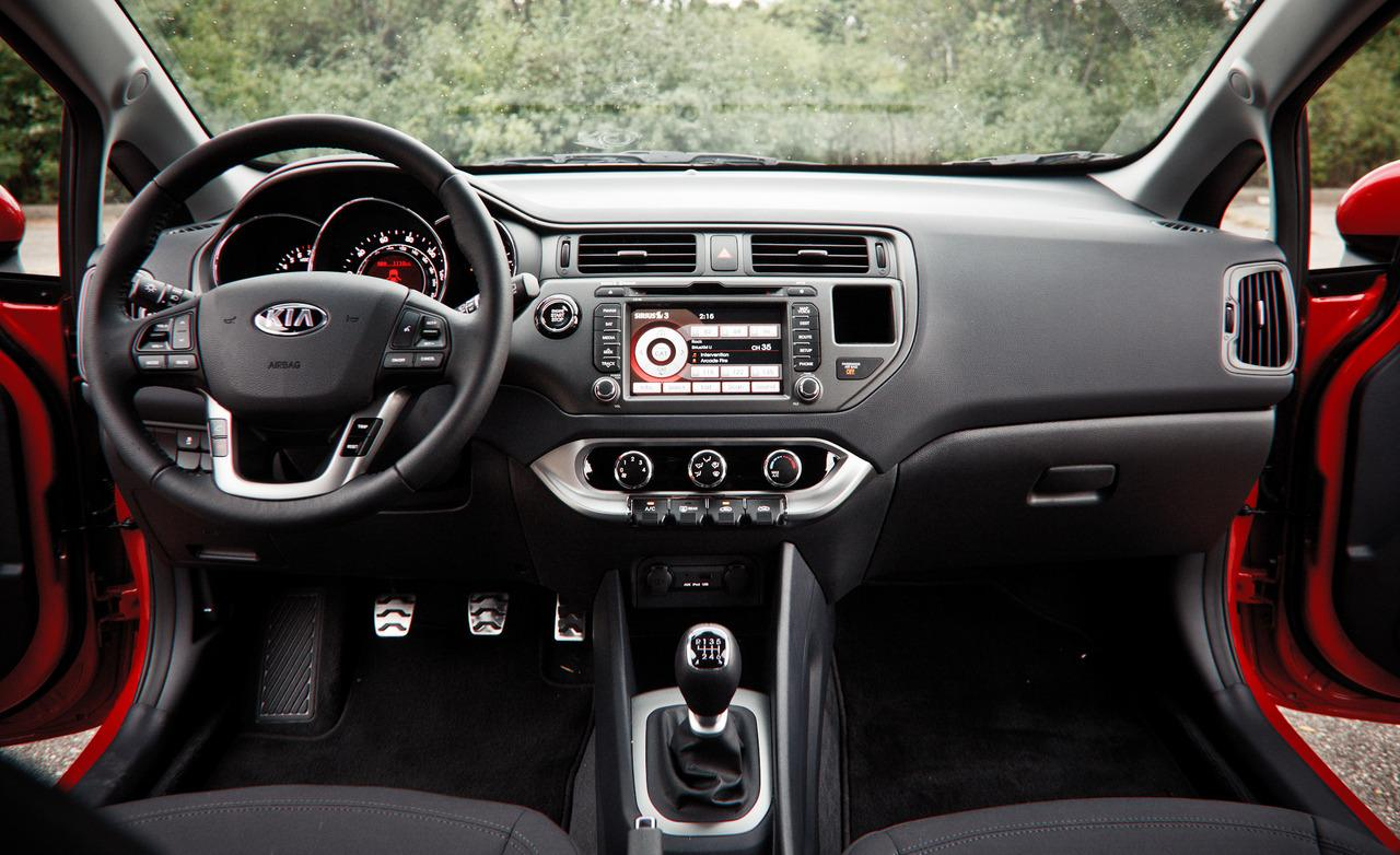 Kia Rio 1.6 2013 photo - 4
