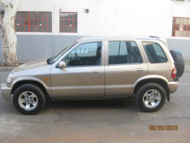Kia Sportage 2.0 2001 photo - 3