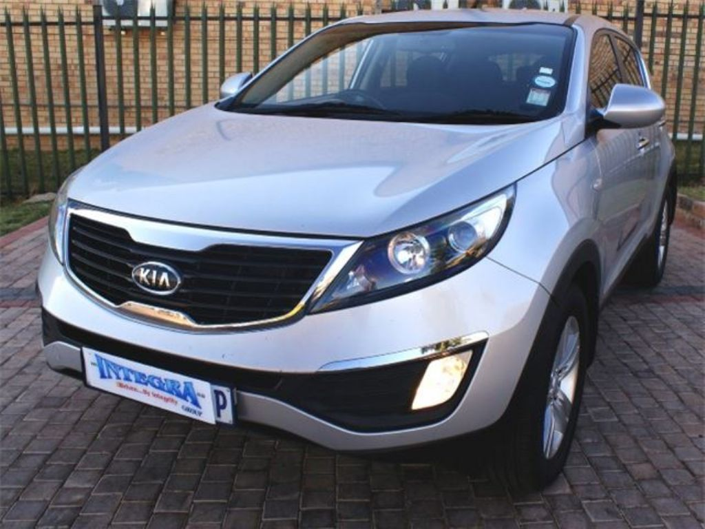 Kia Sportage 2.0 2011 photo - 1