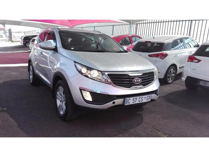 Kia Sportage 2.0 2011 photo - 10