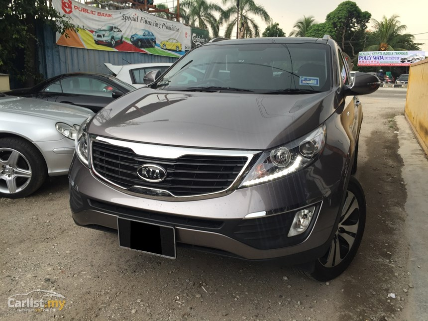 Kia Sportage 2.0 2011 photo - 4