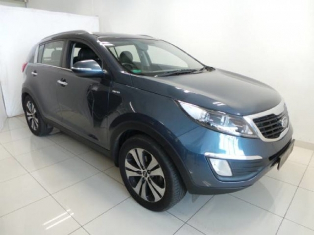 Kia Sportage 2.0 2011 photo - 5