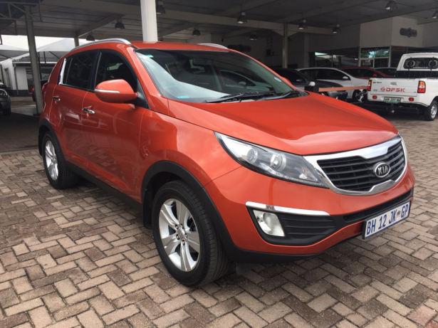 Kia Sportage 2.0 2011 photo - 6