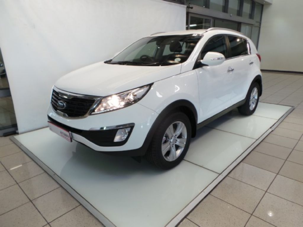 Kia Sportage 2.0 2011 photo - 8