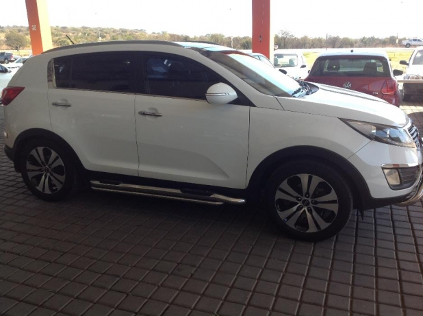 Kia Sportage 2.0 2012 photo - 11