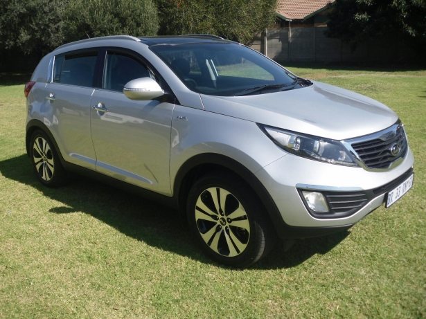 Kia Sportage 2.0 2012 photo - 5