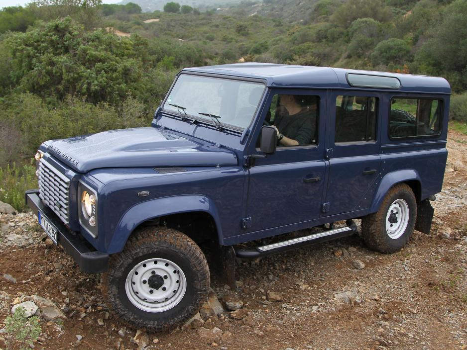 Land Rover Defender 2.2 2007 photo - 10