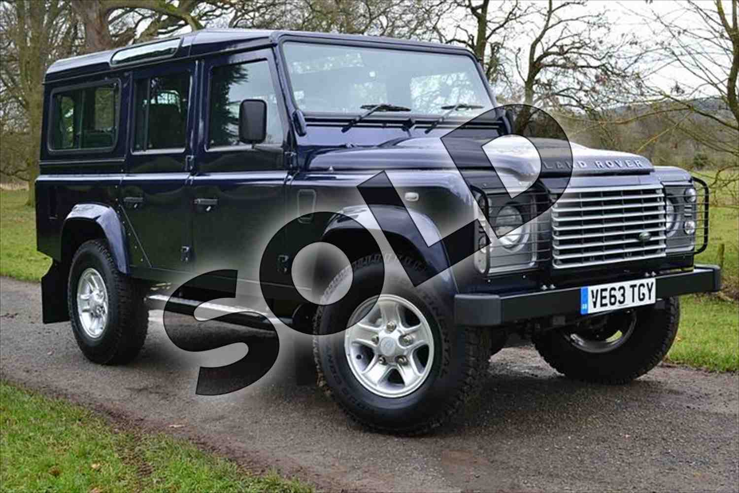Land Rover Defender 2.2 2007 photo - 6