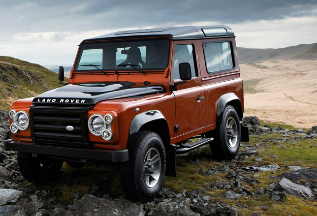 Land Rover Defender 2.2 2009 photo - 11