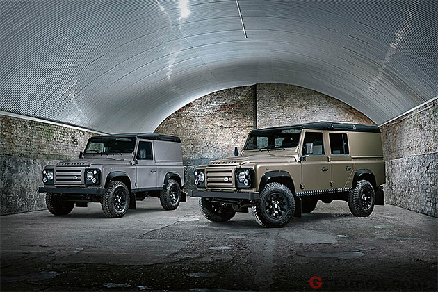 Land Rover Defender 2.2 2012 photo - 4