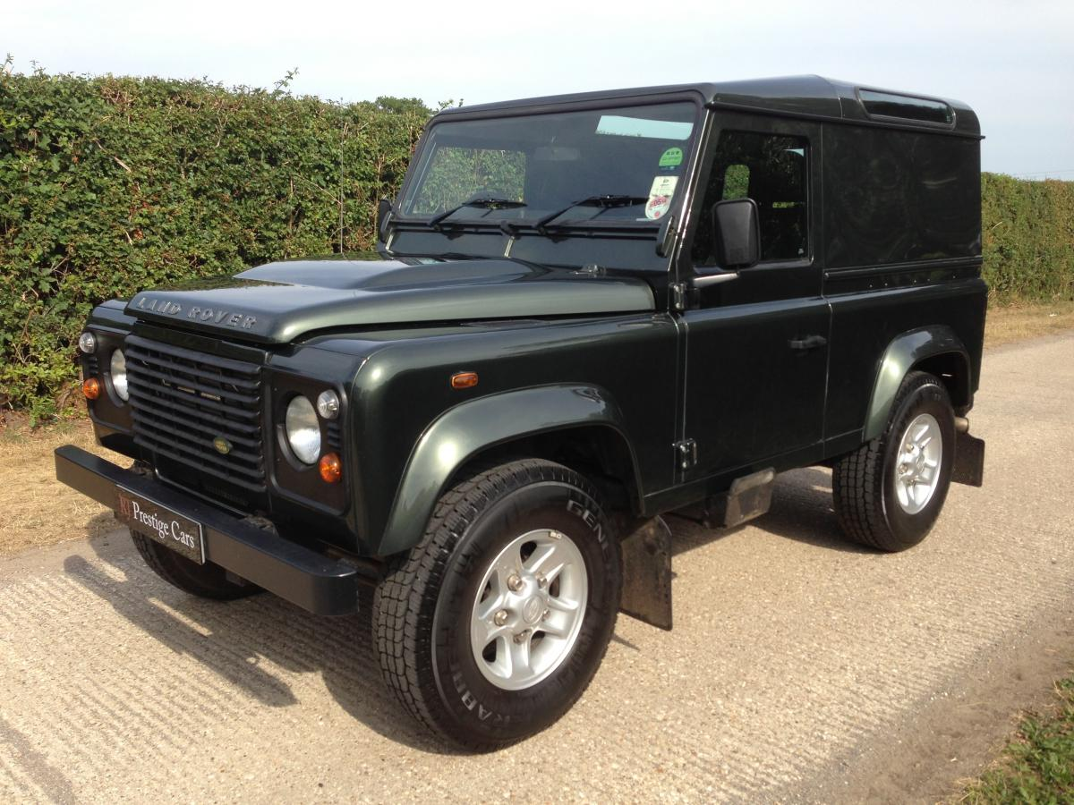 Land Rover Defender 2.4 2007 photo - 11