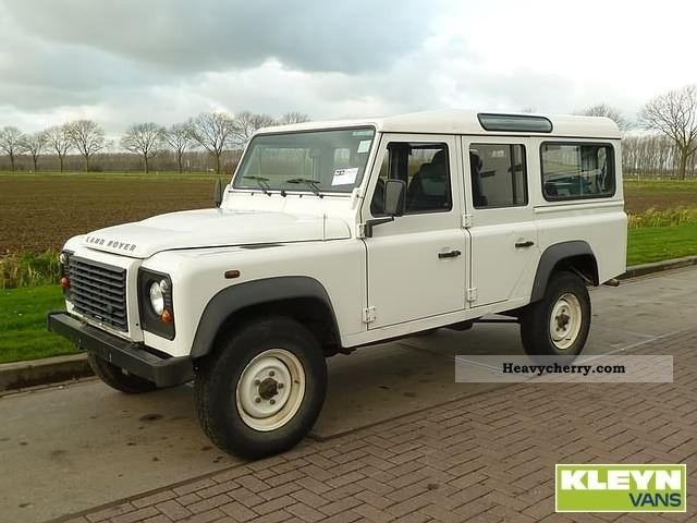Land Rover Defender 2.4 2007 photo - 2