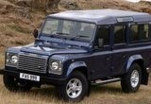 Land Rover Defender 2.4 2007 photo - 4
