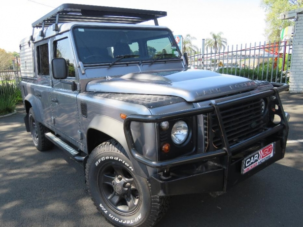 Land Rover Defender 2.4 2011 photo - 3
