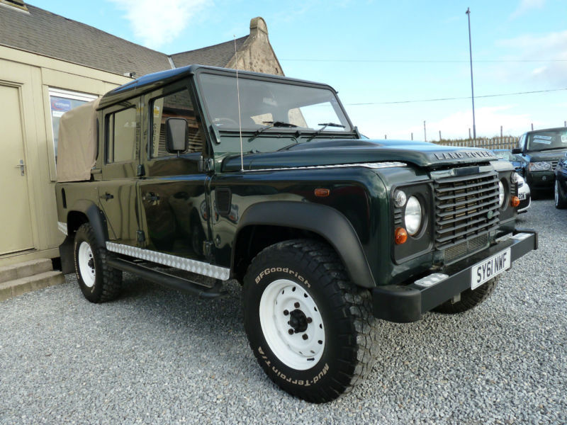 Land Rover Defender 2.4 2011 photo - 5