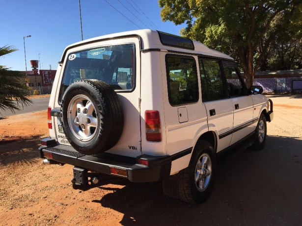 Land Rover Discovery 2.0 1996 photo - 5
