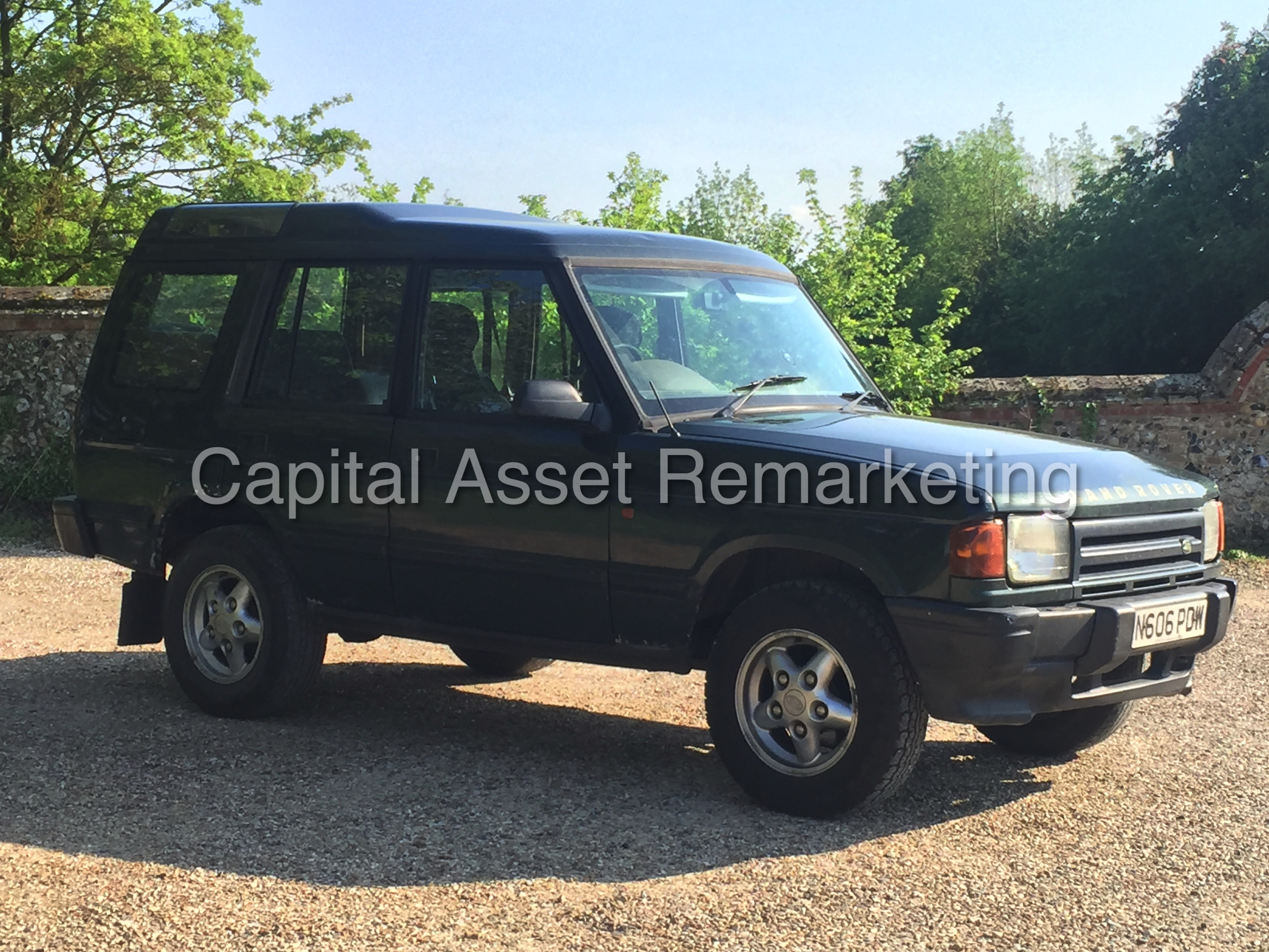 Land Rover Discovery 2.0 1996 photo - 7