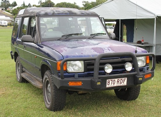 Land Rover Discovery 2.5 1994 photo - 8