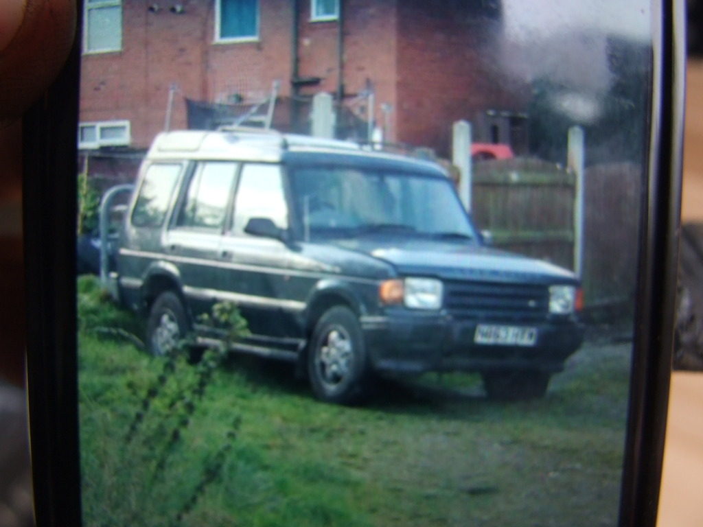 Land Rover Discovery 2.5 1995 photo - 10