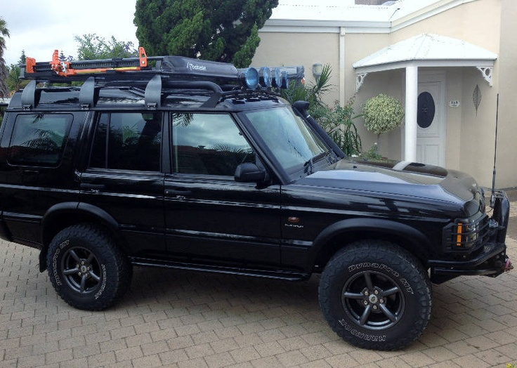 Land Rover Discovery 2.5 2003 photo - 3