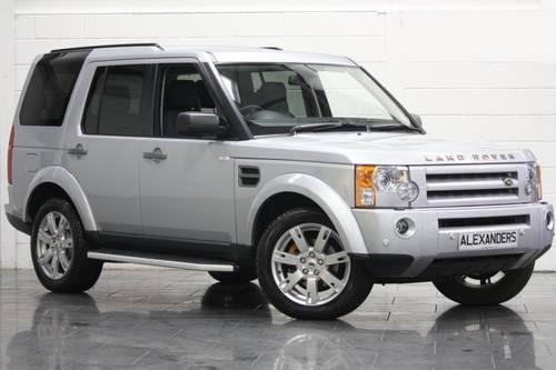 Land Rover Discovery 2.7 2009 photo - 11