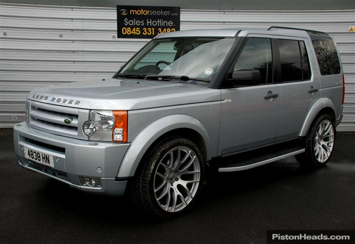 Land Rover Discovery 2.7 2009 photo - 8