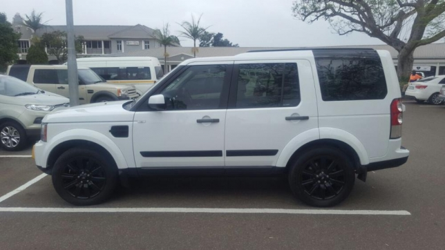 Land Rover Discovery 3.0 2013 photo - 3