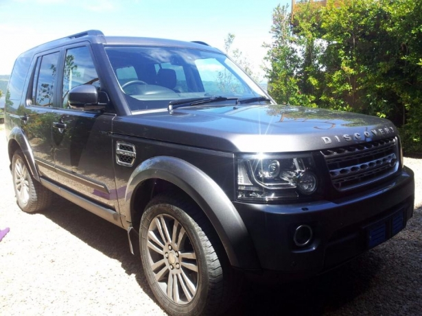Land Rover Discovery 3.0 2014 photo - 2