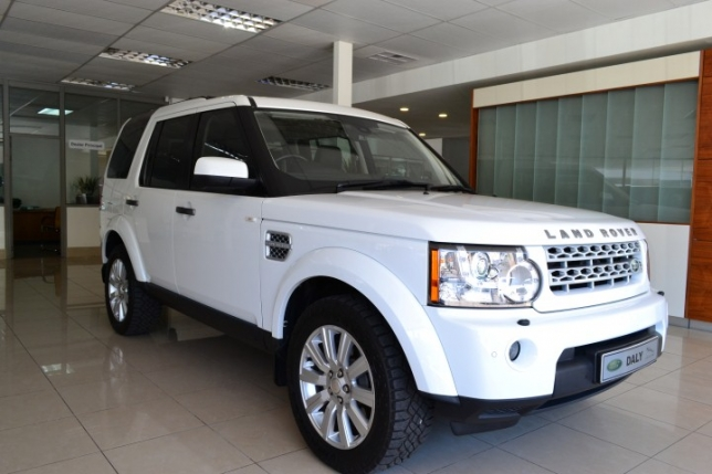 Land Rover Discovery 3.0 2014 photo - 8