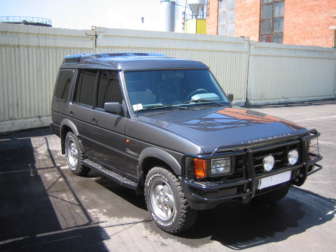 Land Rover Discovery 3.5 1993 photo - 1