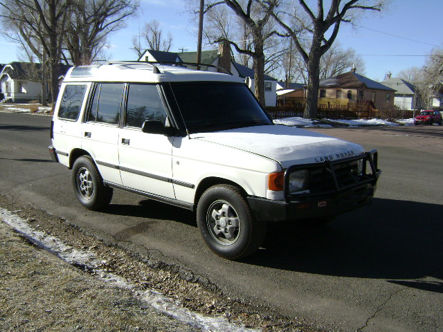 Land Rover Discovery 3.9 1993 photo - 9