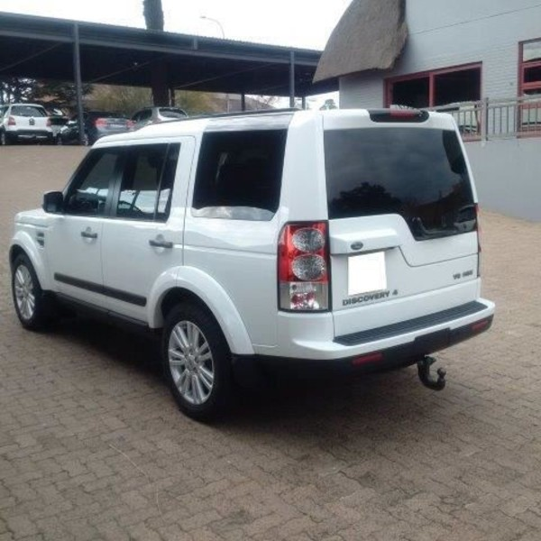 Land Rover Discovery 5.0 2012 photo - 12