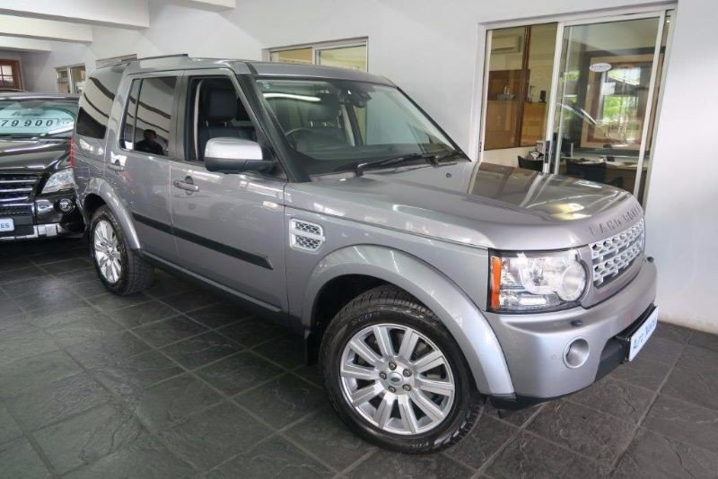 Land Rover Discovery 5.0 2012 photo - 2