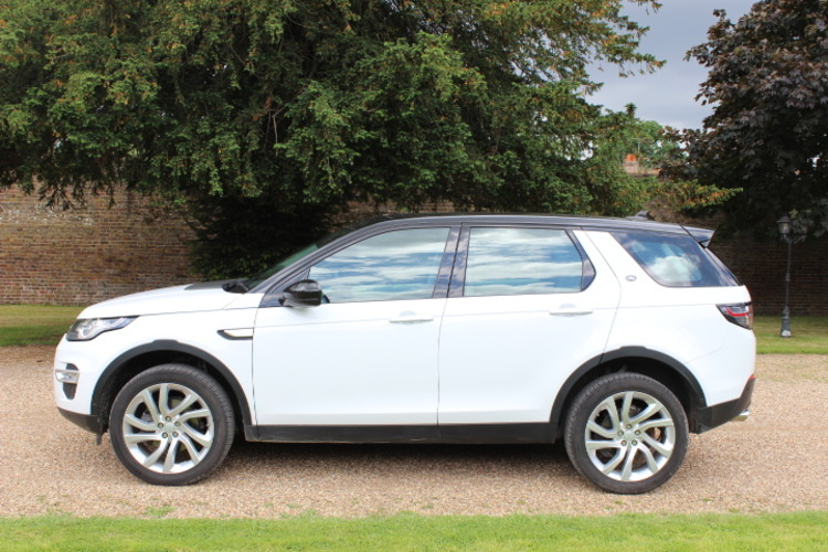 Land Rover Discovery Sport 2.2 2014 photo - 4