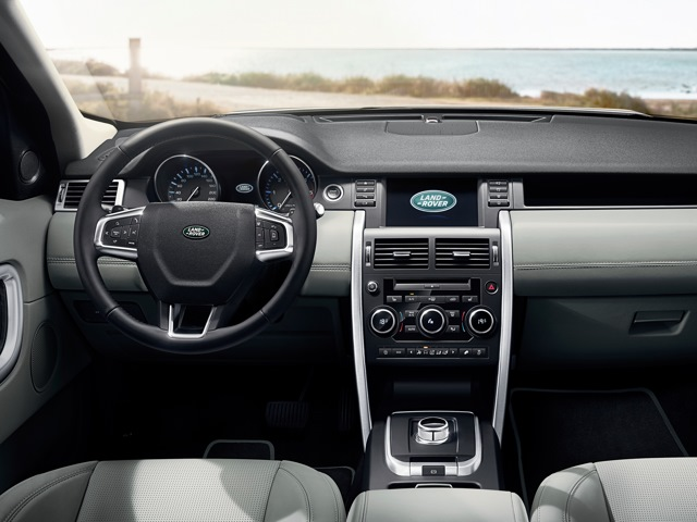 Land Rover Discovery Sport 2.2 2014 photo - 7