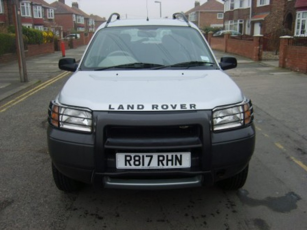 Land Rover Freelander 2.0 1998 photo - 1